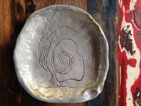 Camel Pose Platter